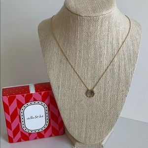 Stella & Dot Nova Pendant Necklace